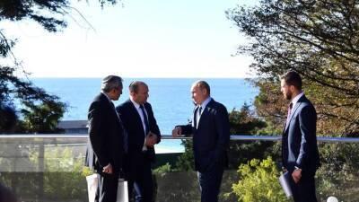 Путин пригласил премьера Израиля Беннета посетить Санкт-Петербург